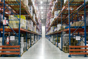 Sentinel® Selective Pallet rack stores beverage products.